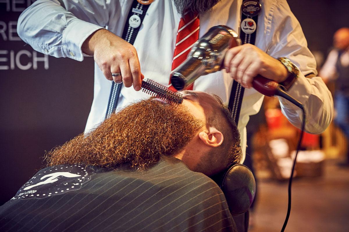 pict_event_rock-n-razor_barber_convention_2017_048