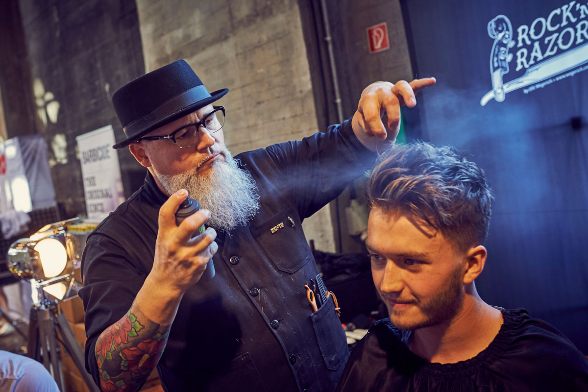 pict_event_rock-n-razor_barber_convention_2017_059