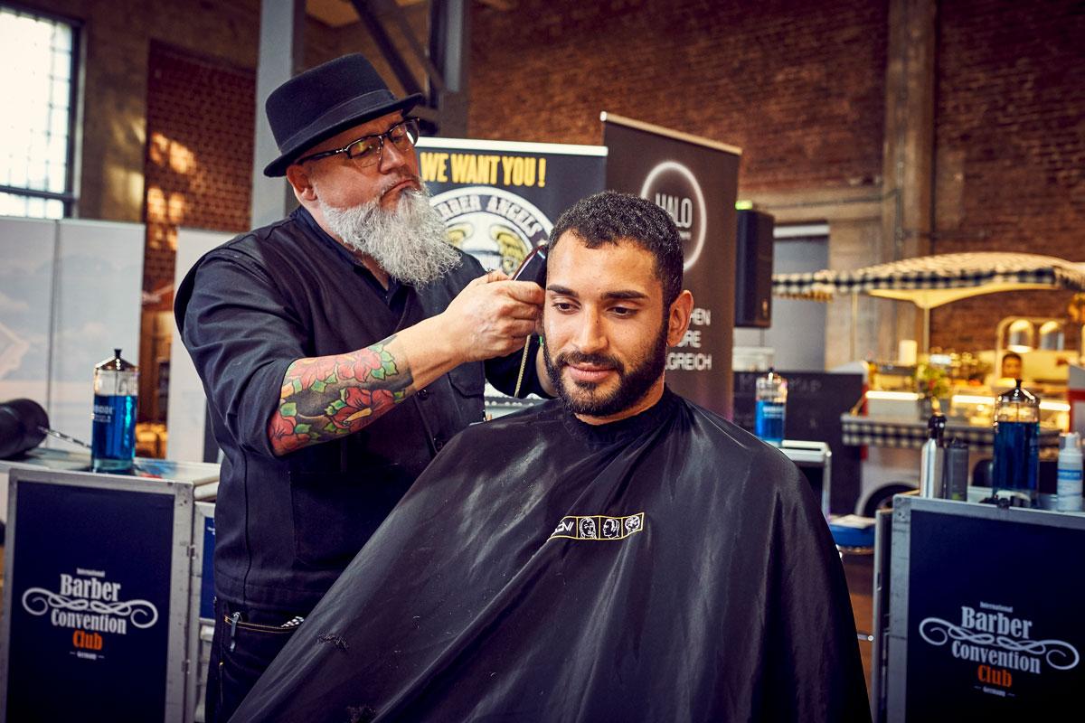 pict_event_rock-n-razor_barber_convention_2017_074