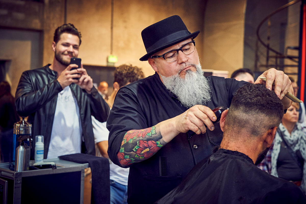 pict_event_rock-n-razor_barber_convention_2017_077