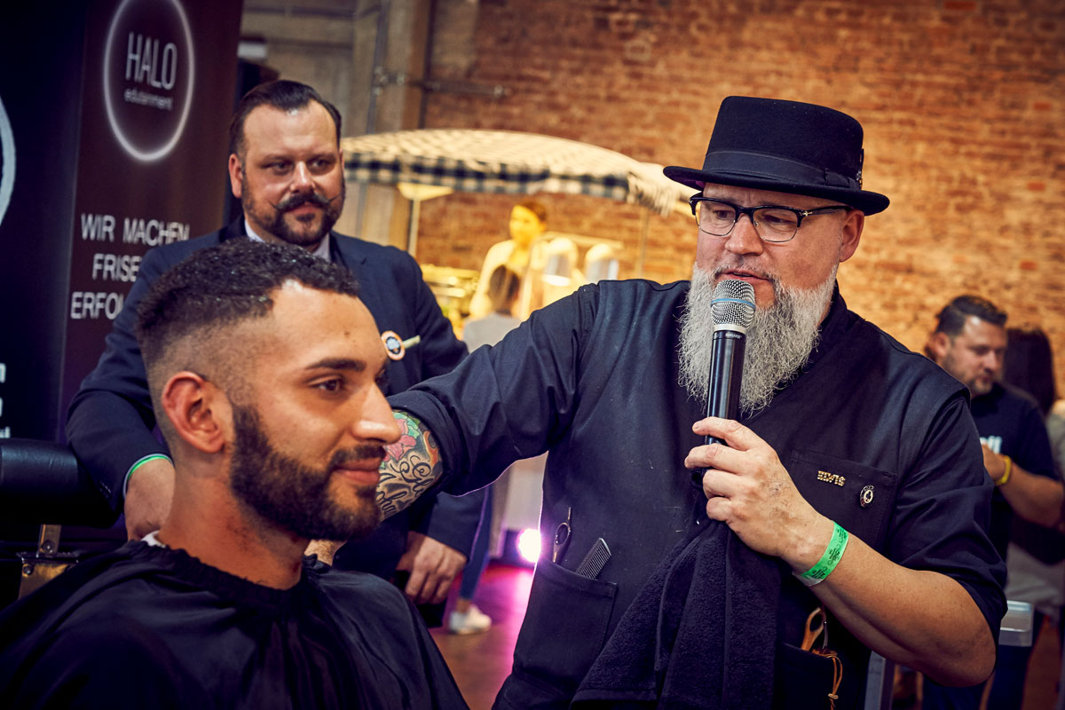 pict_event_rock-n-razor_barber_convention_2017_083