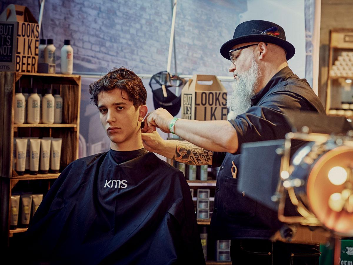 pict_event_rock-n-razor_barber_convention_2017_098