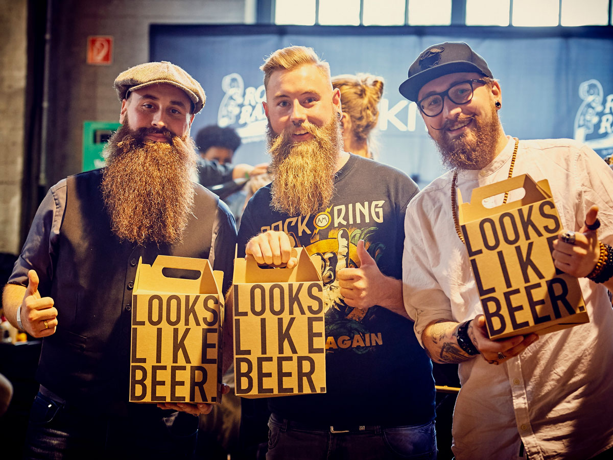 pict_event_rock-n-razor_barber_convention_2017_105