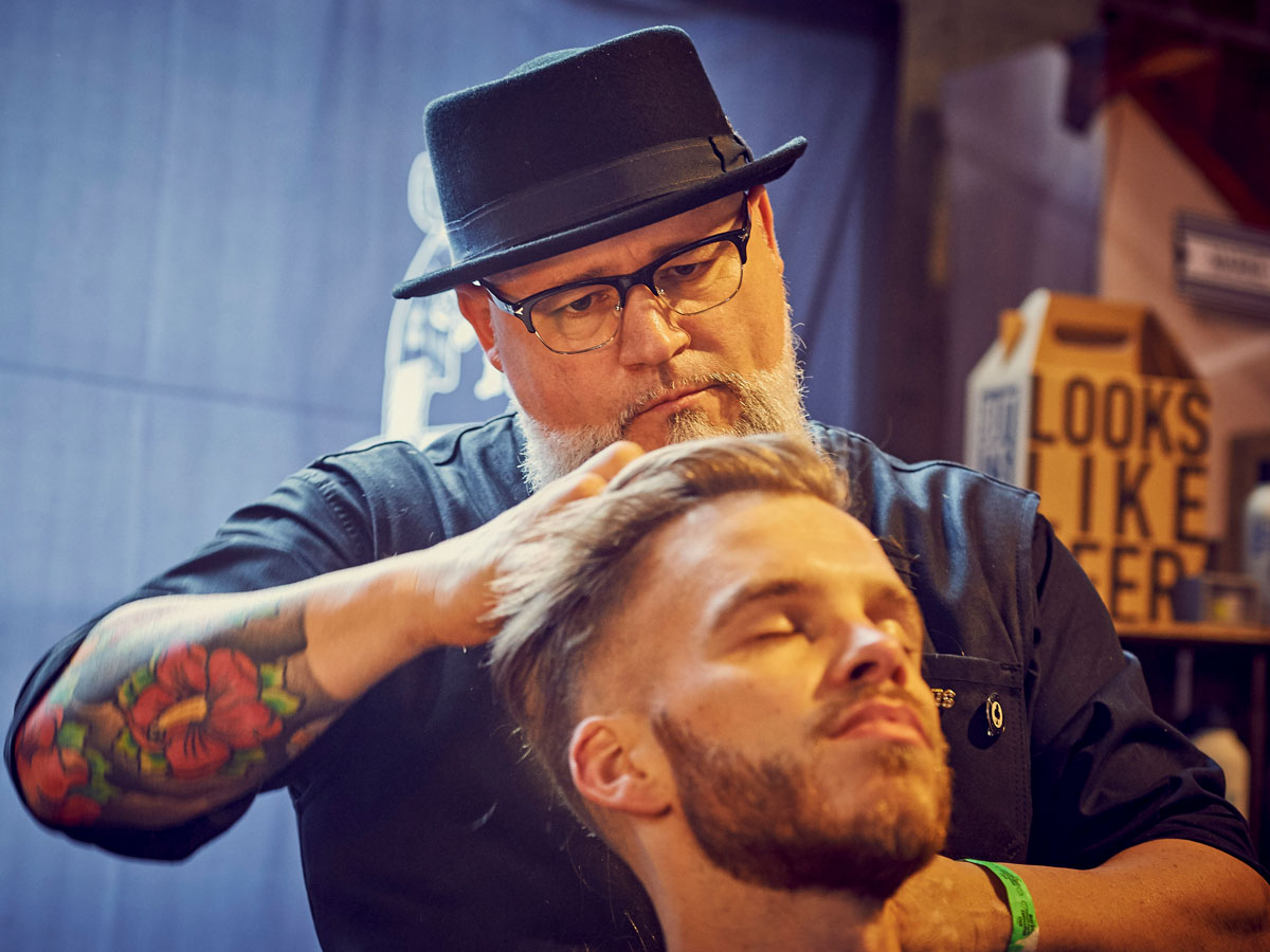 pict_event_rock-n-razor_barber_convention_2017_106