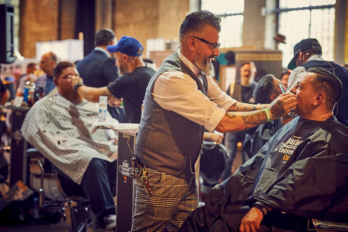 pict_event_rock-n-razor_barber_convention_2017_116