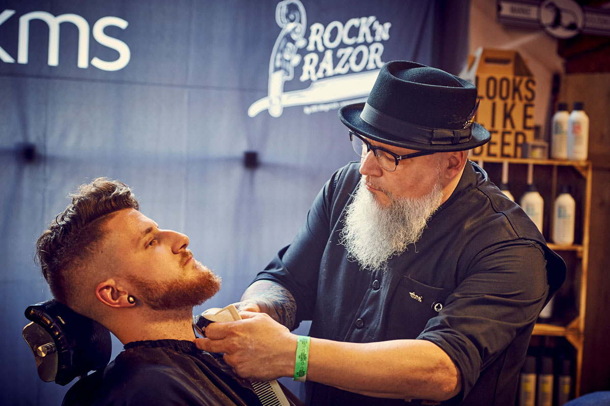 pict_event_rock-n-razor_barber_convention_2017_117