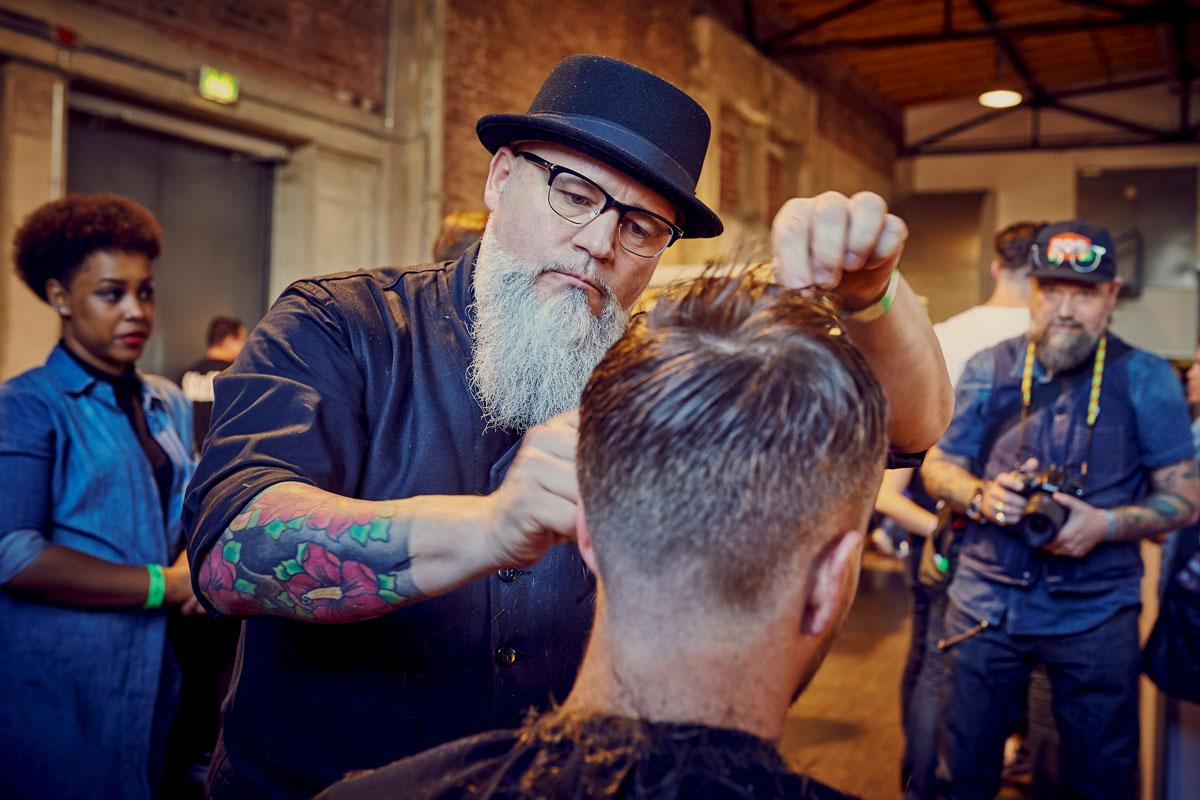 pict_event_rock-n-razor_barber_convention_2017_124